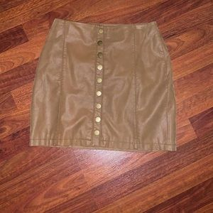 Free people skirt; lightly worn